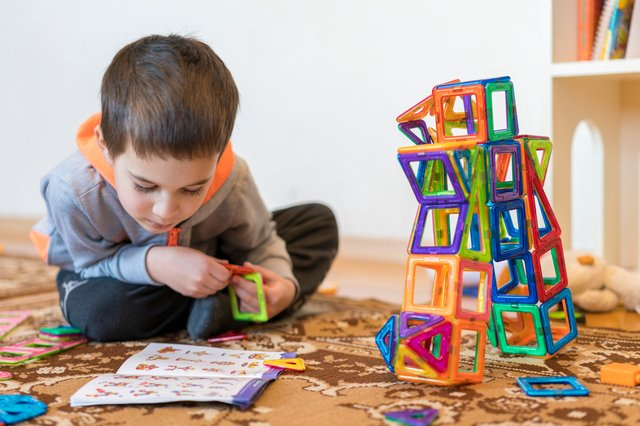 <p>Best educational games and books for children</p>