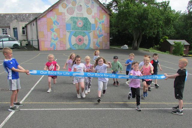 The Whithorn/Garlieston pupils join the fight against cancer