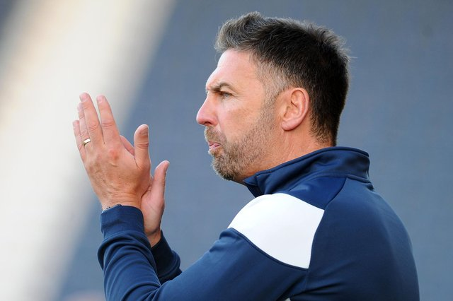 Stranraer manager Stevie Farrell has agreed a deal to stay at Stair Park until 2023