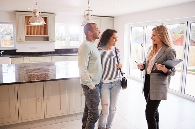 A study by Compare the Market has revealed the first things potential buyers notice when they view a property.